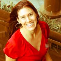 Lori De La Cruz (Leslie)