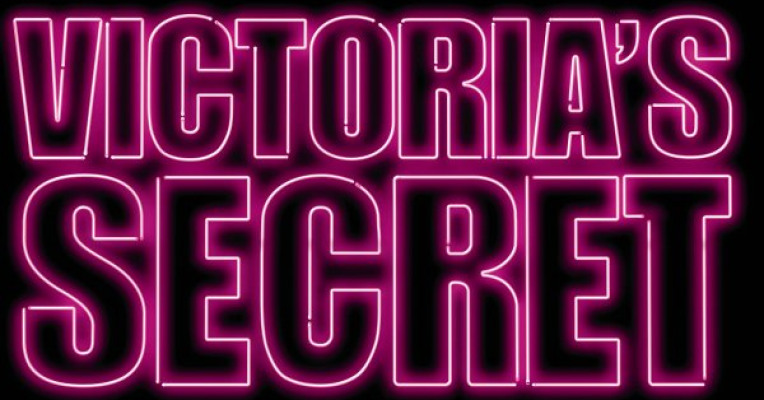 victorias secret marketing analysis Victoria's secret's success lies in its strong brand image, which it has built over years with attractive product offerings, responsiveness to changing fashion trends, and appealing marketing.